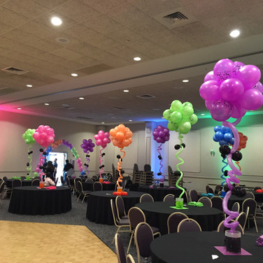 Topiary Balloon Centerpiece.