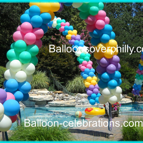 BackYard Balloon Decor