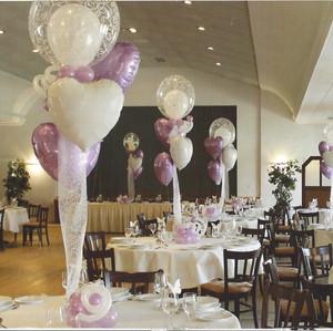 Wedding Balloon Centeroieces.
