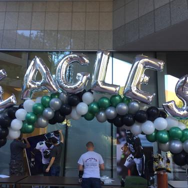 Eagles Balloon ARch