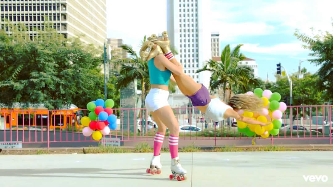 Pastel Duo Stunt.jpg