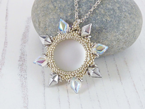 Shiny White and Silver Flower Necklace with Luminescent Cabochon