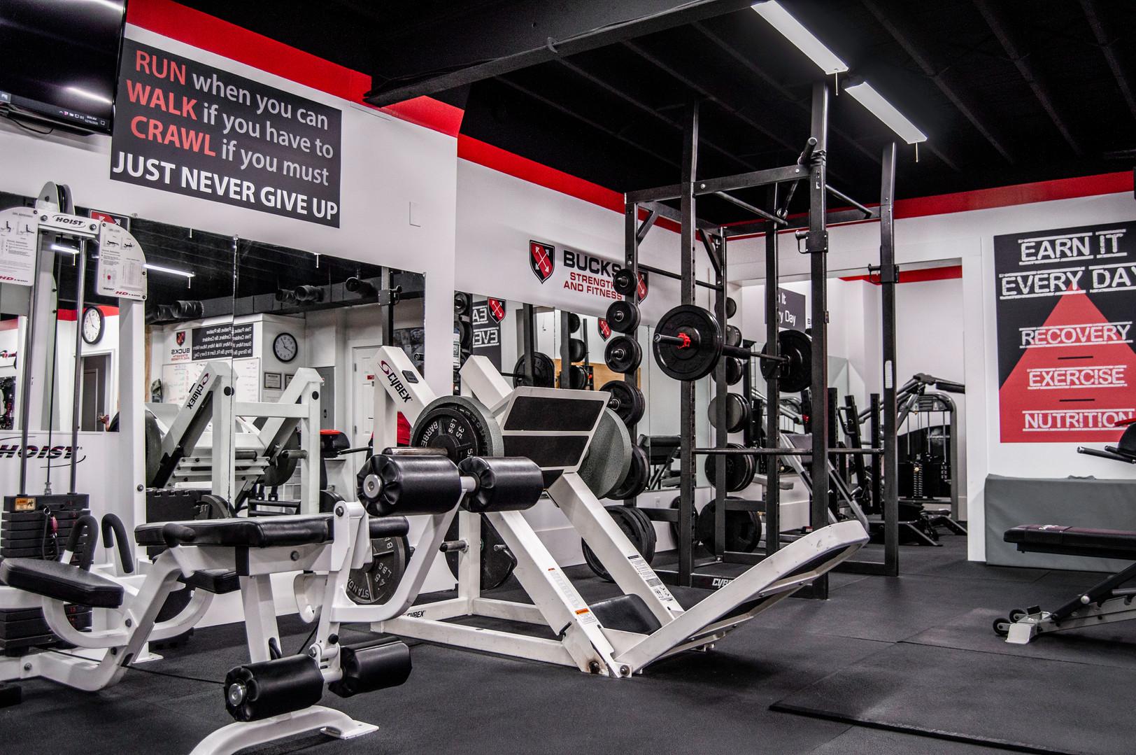 interior-bucks-strength-fitness-2.jpg