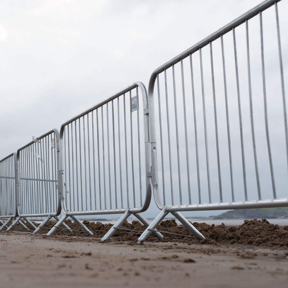 BARRIER HIRE