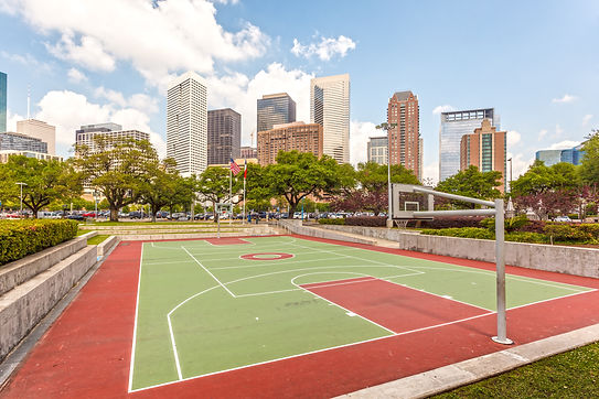 Basketball court in the city of Houston.
