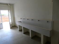 Händewaschen eingangs Mädchenhaus