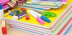 Schulmaterial: für Schulkinder