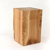 Urne aus Holz eckig mit Rinde