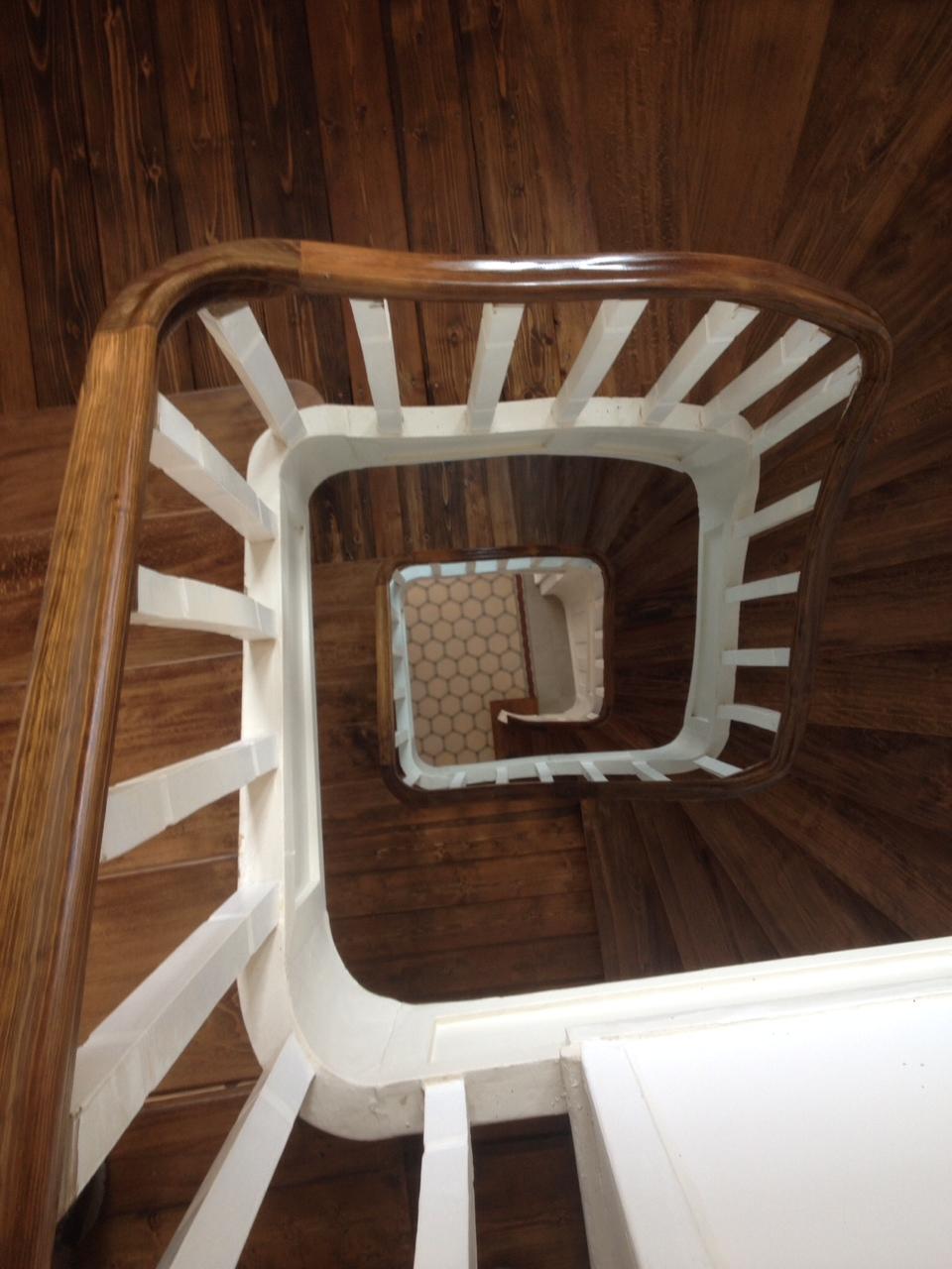 alte holztreppe abschleifen. Black Bedroom Furniture Sets. Home Design Ideas
