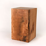 Holzurne aus Kirschholz eckig