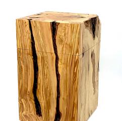 eckige Urne aus Holz