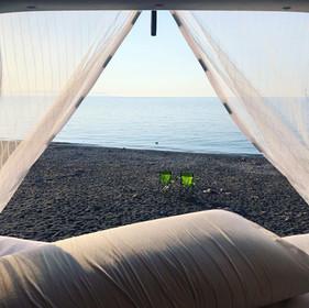 Camping Caddy in einsamer Bucht auf Elba
