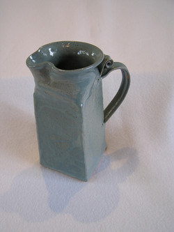 Pitcher- Square Group A.1 8x3
