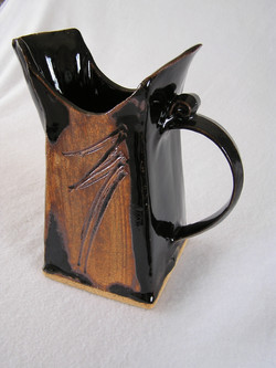 Pitcher- Rectangular, Black w Etching 7.