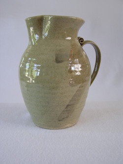 Pitcher- Olive w Lt Brown Accent 8