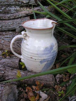 Pitcher- White w Brown Rim 10 in (NFS)