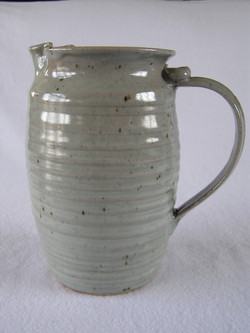Pitcher- Barrel, Grey 8x4