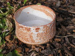 Planter- White-Rust 4x9 in ($40)