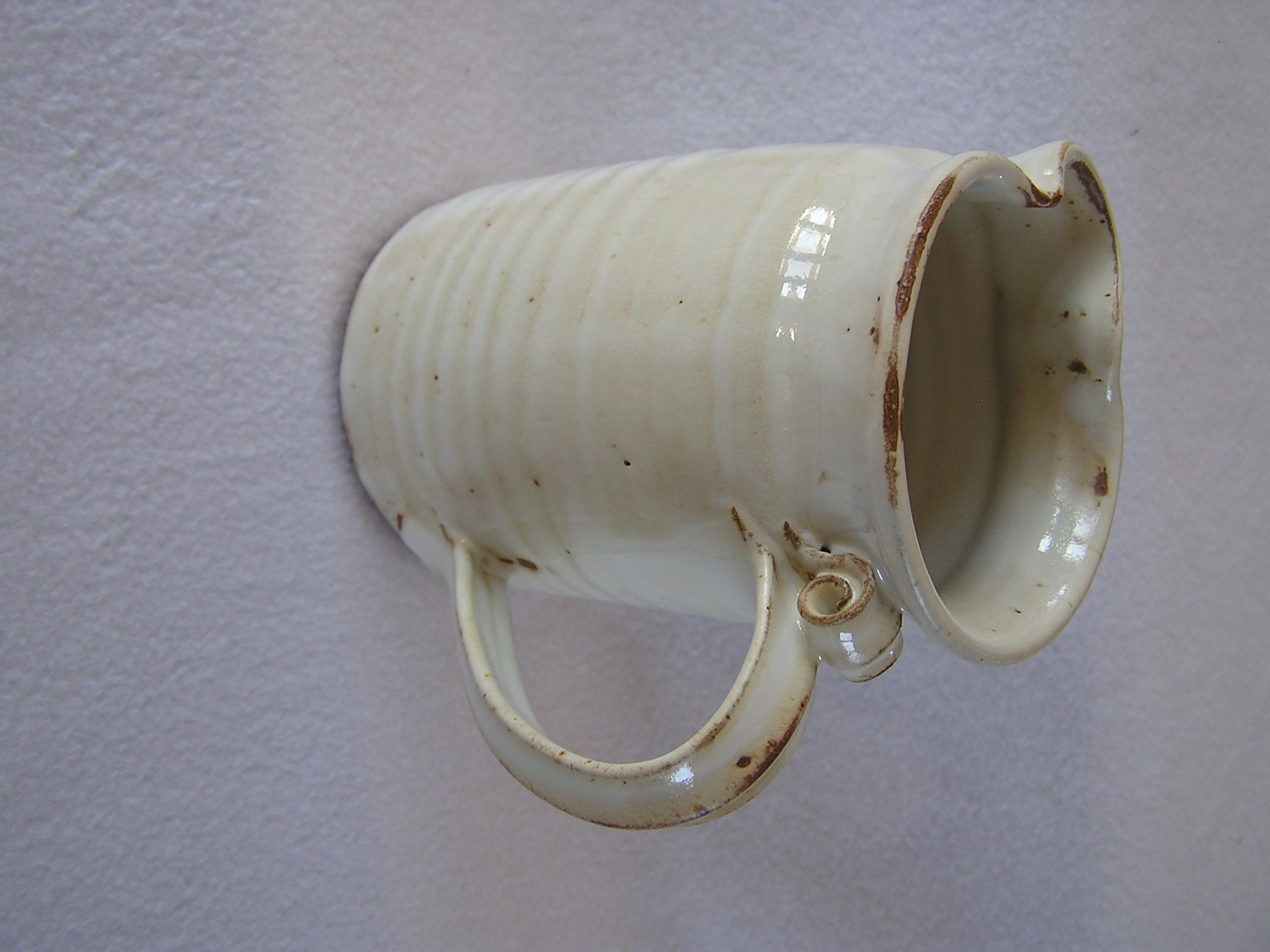 Pitcher- 6 in Cyinder, Alabaster 6x4 in