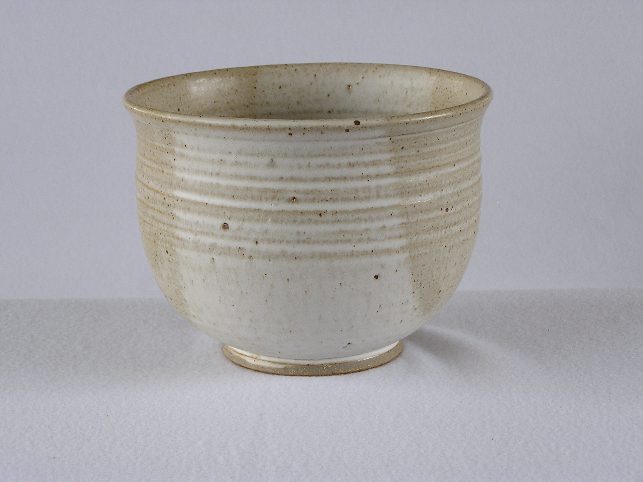 Bowl- White w Tan Accent 6x8 in ($40)