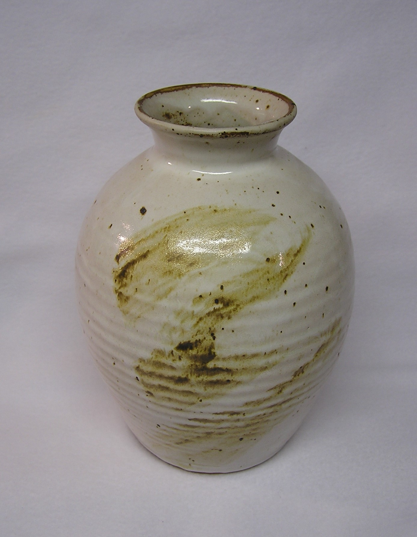 Vase- Alabaster w Brown Accent 6x9