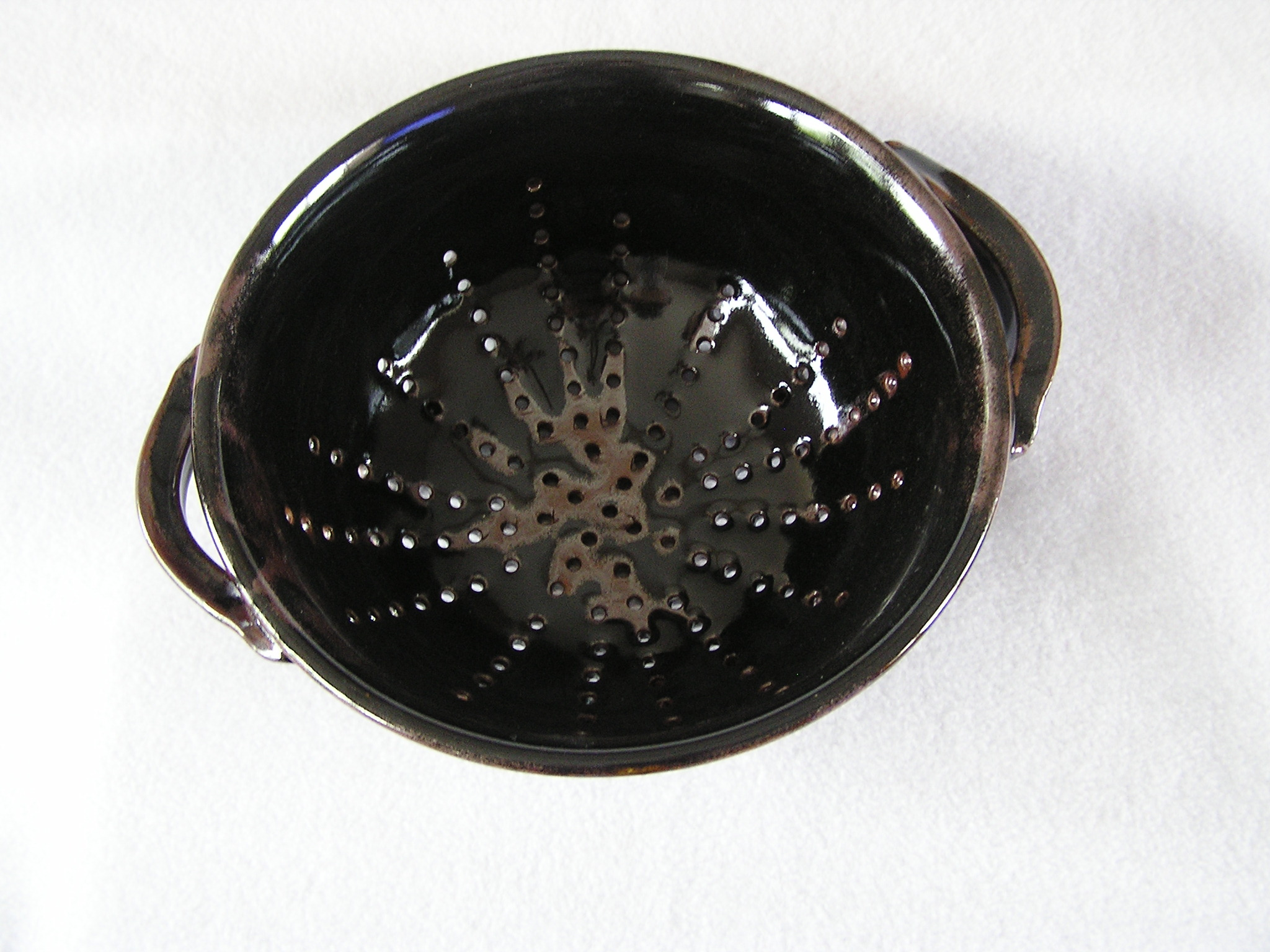Bowl- Colander, Black-Rust Highlights 5x