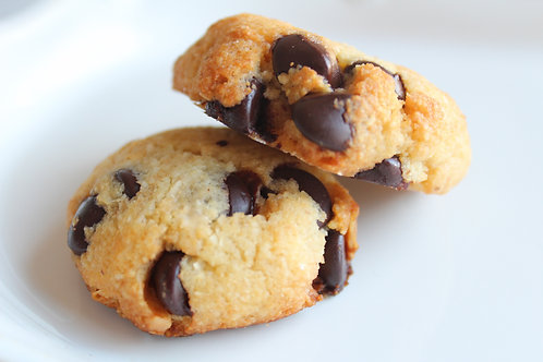 Keto Chocolate Chip Cookies (10)