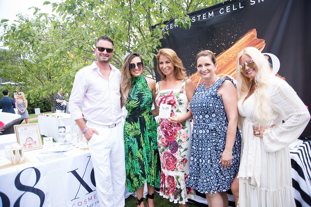 Mike Laudisio, Lindsey Swing, Jill Zarin, Rose Laudisio, Lilly Robbins with XO8 Cosmeceuticals