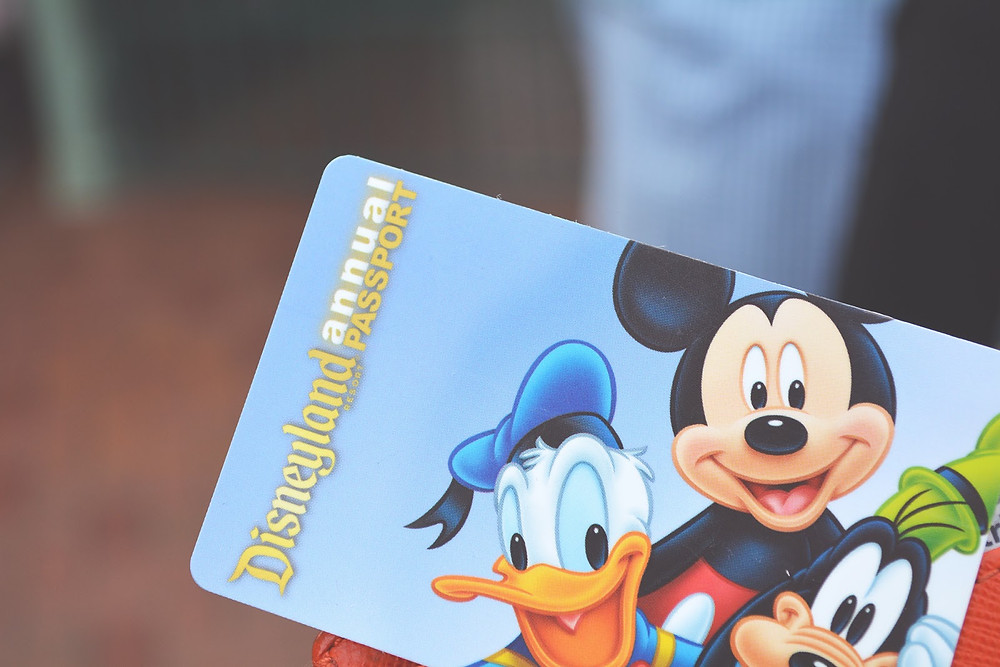 Disney-Annual-Pass.jpg