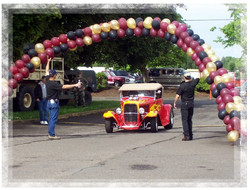 carshow balloons