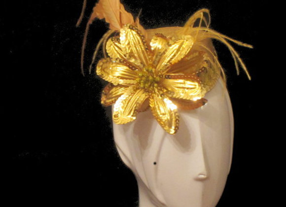 Evelyn (Gold Fascinator)