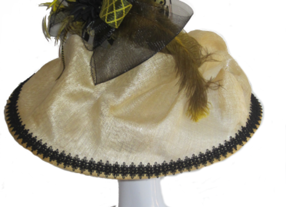 Victoria (Yellow and Black Derby Hat)