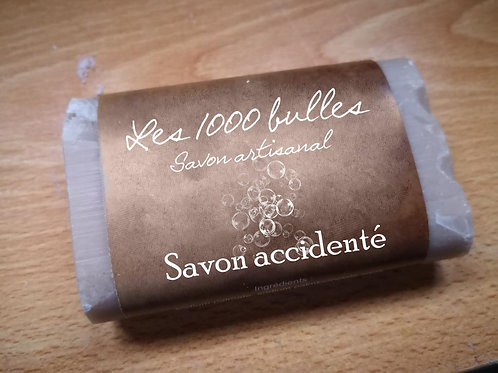 Savon accidenté
