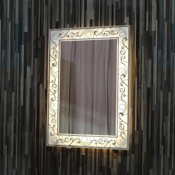 مرآة حمام- إضاءة ليد