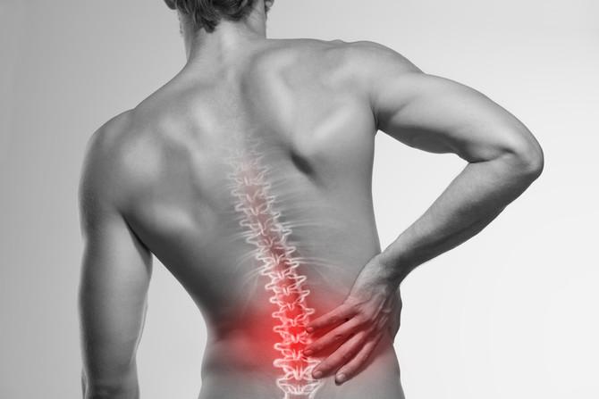 Conheça causas, sintomas e tratamento para a lombalgia