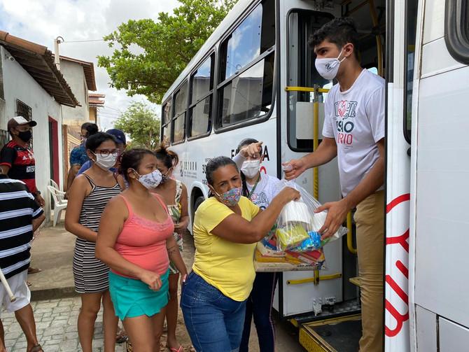Busão Solidário do Seturn/NatalCard ultrapassa a marca de 164 toneladas de alimentos para instituiçõ
