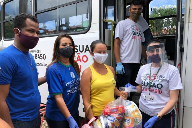 Busão Solidário do Seturn/NatalCard ultrapassa 7 mil cestas básicas chegando a 131 toneladas de alim