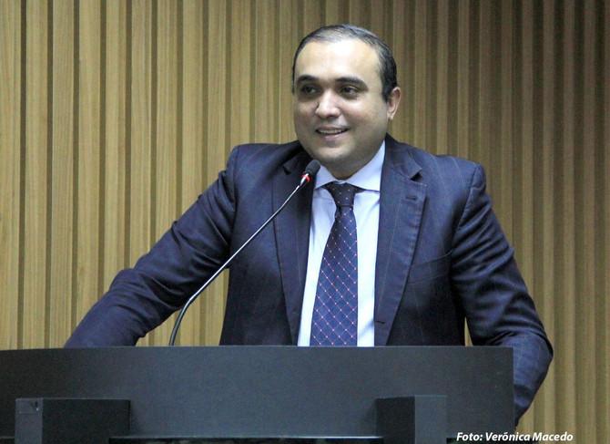Projeto de lei do Vereador Ney Lopes Jr. fortalece o comércio natalense em período de crise