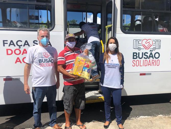 Busão Solidário do Seturn atende a 400 pescadores de Natal em situação de vulnerabilidade social