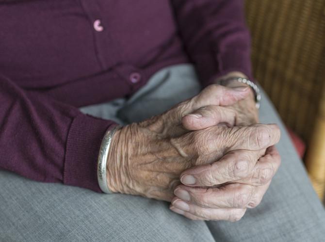 Coronavírus e Isolamento Social: como manter rotina dos idosos em casa?