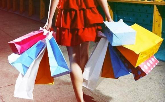 Compras excessivas de Natal podem revelar compulsão por compras