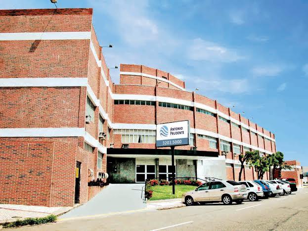 Hospital do Hapvida realiza em Natal primeira cirurgia cerebral com paciente acordado