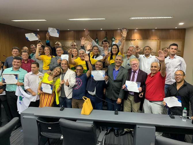 Líderes Comunitários são homenageados em Sessão Solene proposta pelo Vereador Ney Lopes Jr.