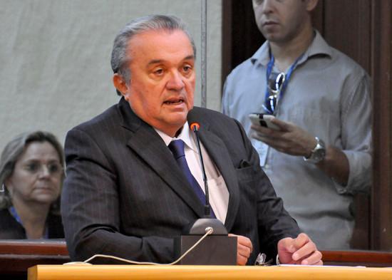 Flexibilização da CLT teve parecer de Ney Lopes há 15 anos e agora é defendida pelo governo Temer