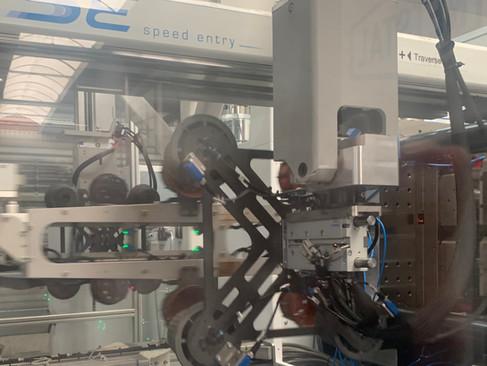 UlTRA HIGH MODULUS ROBOTARM