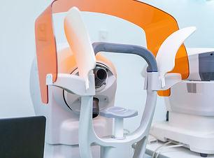 越谷駅前眼科 角膜形状装置