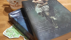 The unbecoming/evolution of Mara Dyer - Michelle Hodkin
