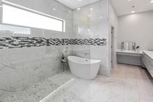 Master Bath (3).jpg