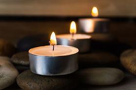 Candles_shutterstock_621810092.jpg