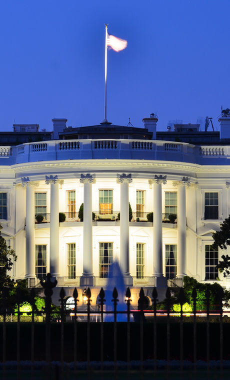 The White House at night - Washington DC